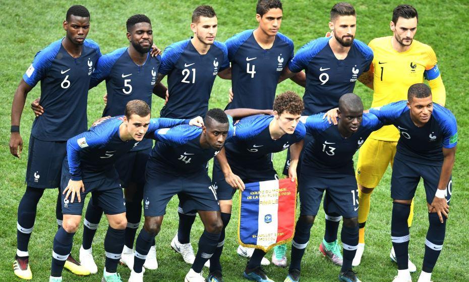 Honteux. Le maillot de l'équipe de France à deux étoiles coûte moins de 3 euros à produire en Thaïlande