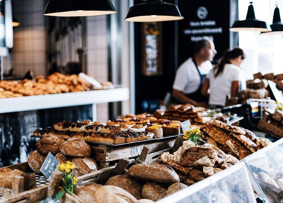 Sens de l'effort ! Le boulanger condamné parce qu'il est ouvert tous les jours !