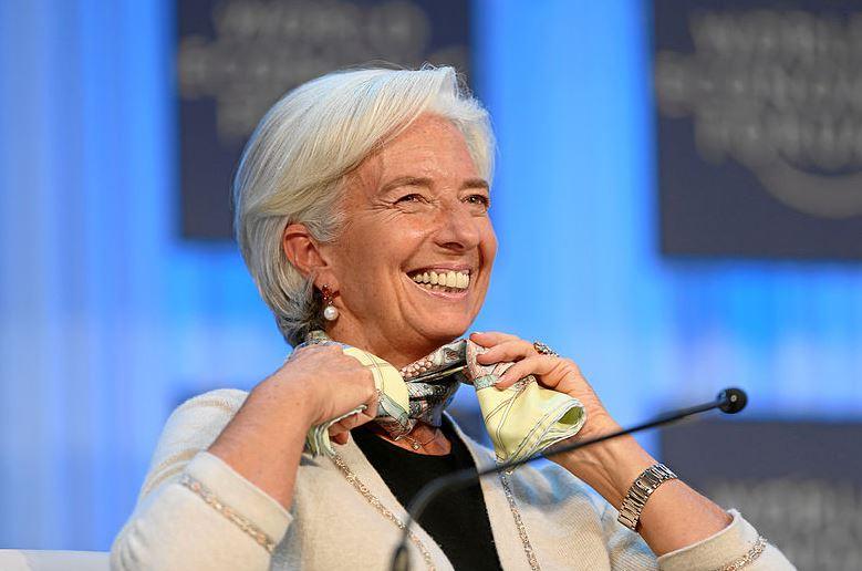« Christine Lagarde déclare : on sera plus content d'avoir un emploi plutôt que d'avoir une épargne protégée !! » L'édito de Charles SANNAT