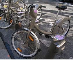 """L'état de la France en un chiffre… """"Vélib' : 8 000 vélos volés chaque année !"""""""