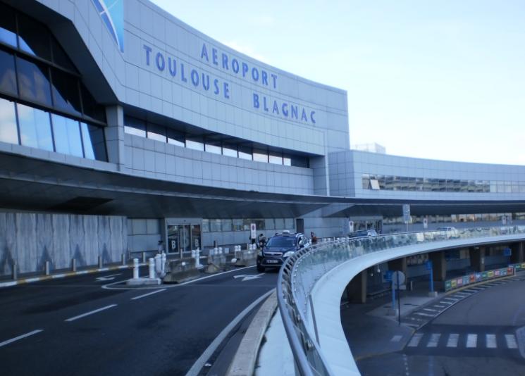 Aéroport de Toulouse privatisé, les Chinois virent le président