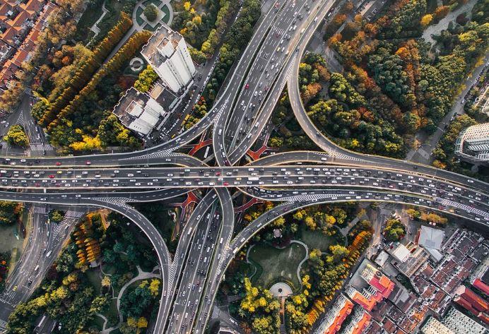 Les sociétés d'autoroutes font pour 3 milliards de travaux et en gagnent 15!!