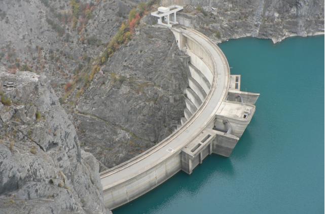 Privatiser les bénéfices des barrages EDF ! L'Europe l'exige