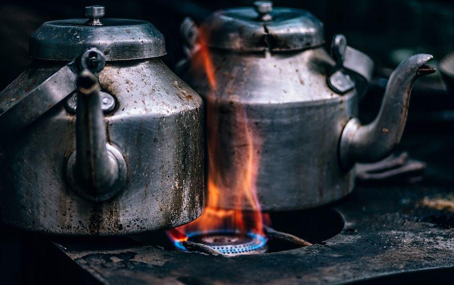 Découverte de l'eau chaude!!! Pour trouver du monde les restaurateurs vont mieux payer leurs salariés!