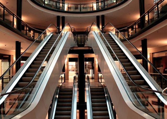 Baisse de 9 % de la fréquentation des centres commerciaux
