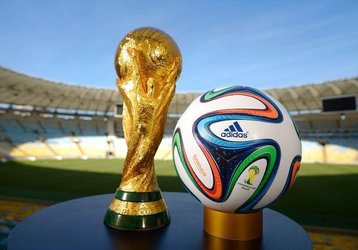 « Coupe du monde et hausse du PIB… Enfumage !! » L'édito de Charles SANNAT