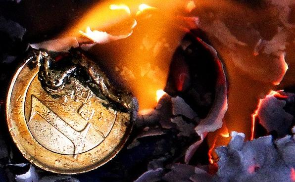 EXCLUSIF – Dettes impayables et crise financière existentielle pour l'Europe. Les banques centrales de la zone euro sont-elles encore solvables?