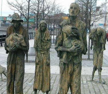 « À vos plumes !! La connerie insondable de nos élites qui ne voient pas la famine arriver !! Explications » L'édito de Charles SANNAT