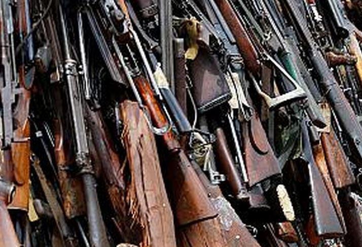 « La cache d'armes de 5 000 fusils de la CGT et l'attaque du gouvernement contre le dernier bastion… » L'édito de Charles SANNAT