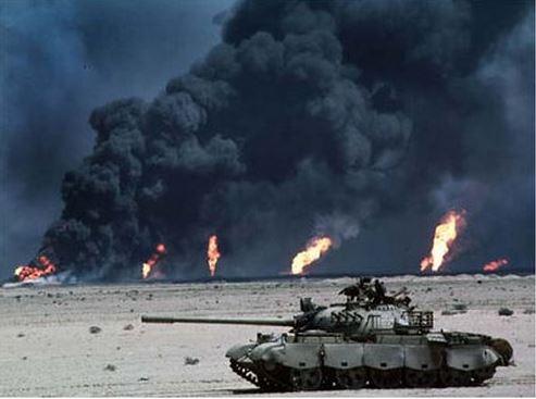 «Drôle de guerre dans le Golfe!» L'édito de Charles SANNAT