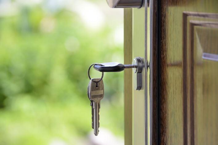 Immobilier encore une loi pour les relations propriétaires/locataires
