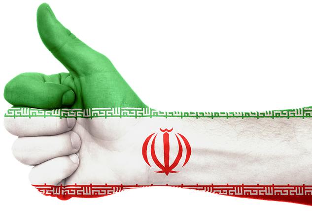 Téhéran et Paris signent des accords pour 15 milliards d'euros!