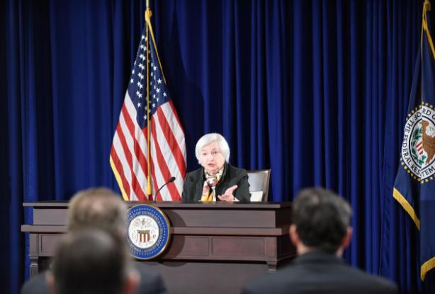 « Attention danger : la FED va annoncer la réduction des liquidités » L'édito de Charles SANNAT !