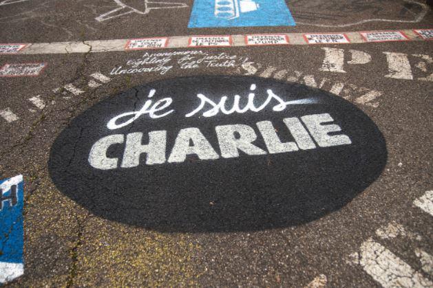"""Un impôt """"Charlie Hebdo"""" pour protéger la liberté d'expression"""