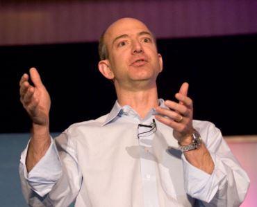 L'homme le plus riche du monde est le fondateur d'Amazon devant Bill Gates