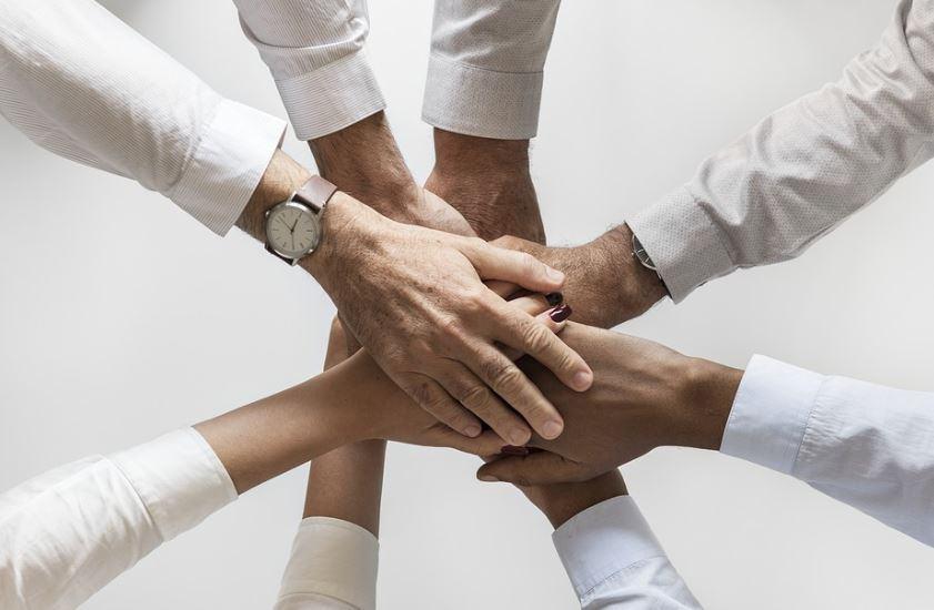 « L'arnaque au collaboratif. Leader Price et Franprix font livrer les courses par les clients !! » L'édito de Charles SANNAT