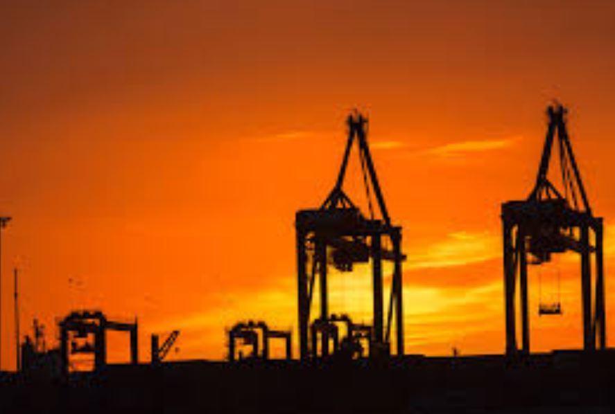 Pétrole : à quand la fin de l'excès des stocks mondiaux de pétrole ?
