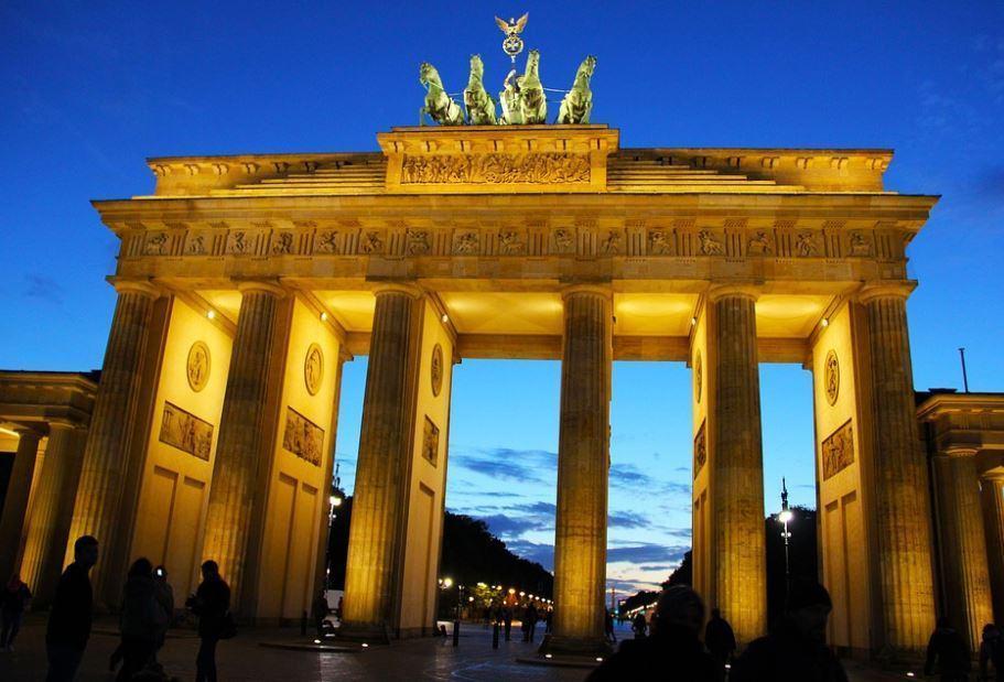 Allemagne : l'incertitude politique alimente le recul de l'euro