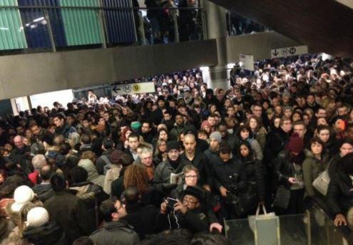 « Attention : le mouvement de grève de la SNCF va entraîner des violences !! » L'édito de Charles SANNAT