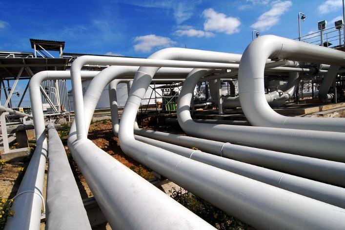 raffinerie pétrole industrie usine énergie