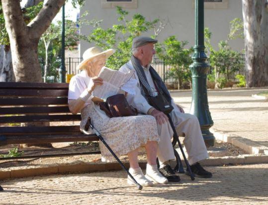Le niveau de vie des retraités en baisse.