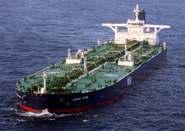 Des tankers pétroliers à Rotterdam attendent la hausse des prix
