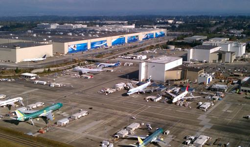"""""""Pas de crise"""" ? Boeing licencie des milliers d'employés"""