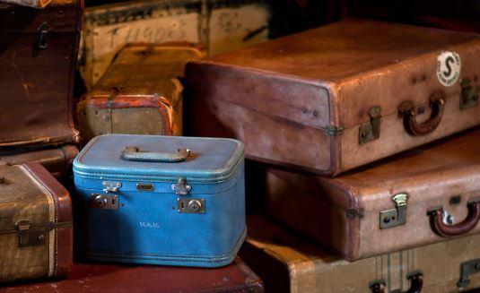 «Le bon temps pour les clandestins est fini : préparez-vous à faire les valises» !