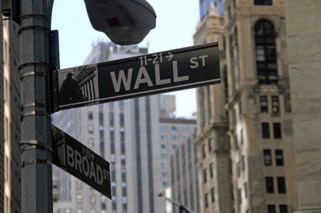 Les nouvelles sont bonnes : Wall Street dans le rouge !