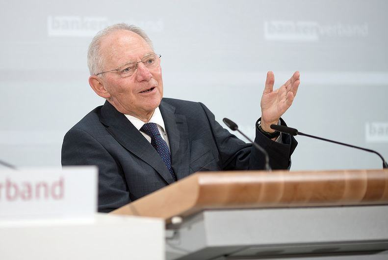 Wolfgang Schäuble quitte l'Eurogroupe sur un dernier avertissement